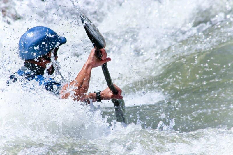 Whitewater kayaking foto de archivo