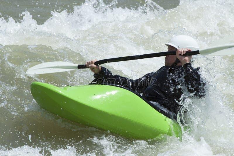 Whitewater que Kayaking em Jackson Hole foto de stock royalty free