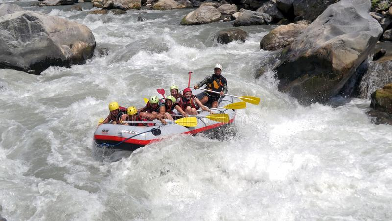 Whitewater rafting royaltyfri foto