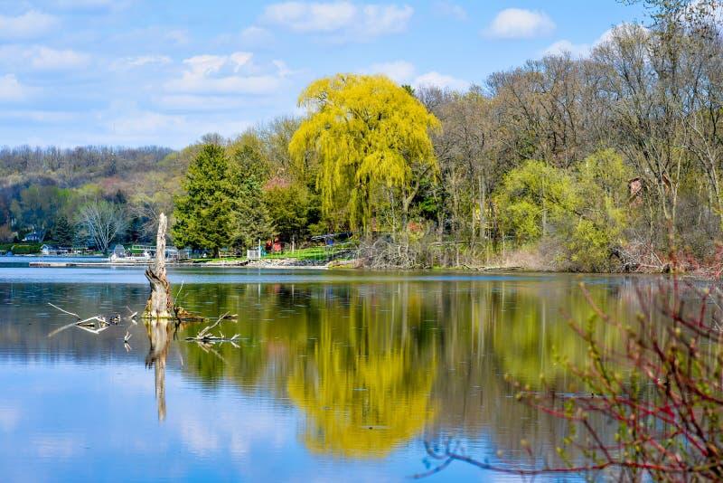 Whitewater sjö - Walworth County, Wisconsin royaltyfri bild