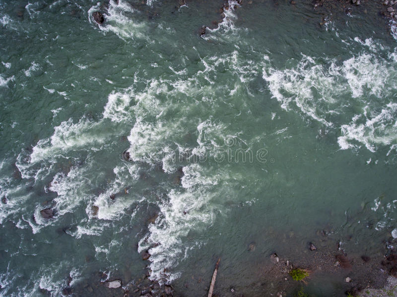 Whitewater in Skykomish-Fluss lizenzfreie stockfotografie