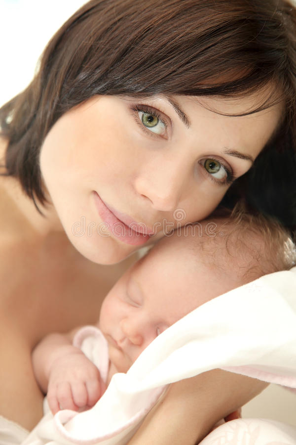 Whith heureux de mère une chéri photo stock