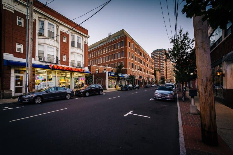 Whitney Avenue, en New Haven, Connecticut imagen de archivo libre de regalías