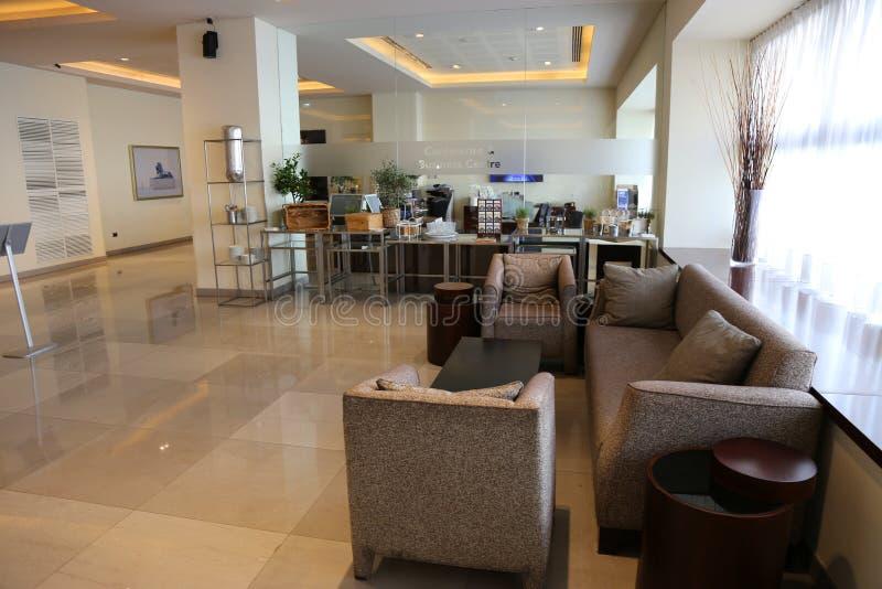 Whittabelle, -stühle und -sofas lizenzfreies stockfoto
