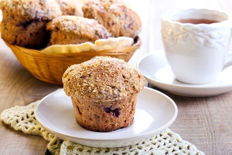 Wholewheat jagody muffins fotografia stock