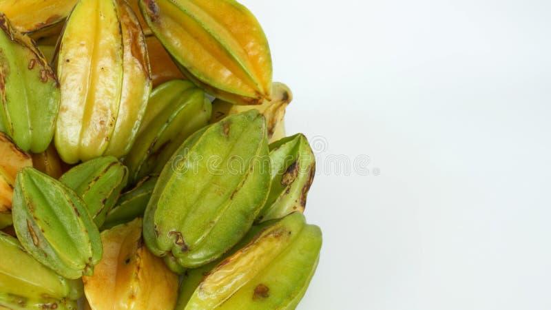 Wiązka Gwiazdowa owoc w Naturalnych warunkach zdjęcia stock