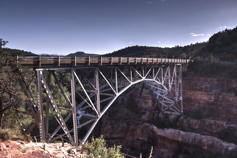 większość dębowego creek bridge nadmiar drogowego do sukcesu fotografia stock