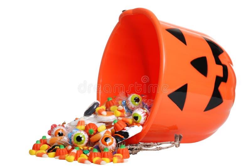 wiadra cukierku dziecka Halloween dyniowy target1585_0_ obraz royalty free