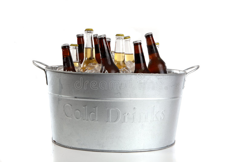 wiadro piwa zdjęcia royalty free