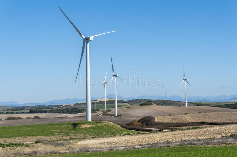 Wiatraczki dla zasilanie elektryczne produkci, eco władza, silnik wiatrowy obrazy stock