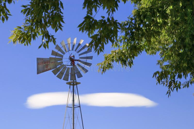wiatrak z gospodarstw rolnych obrazy royalty free