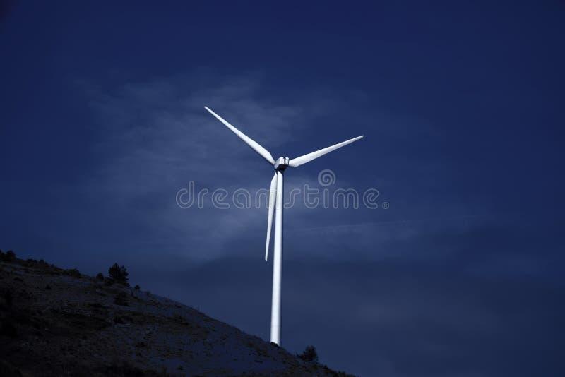 Wiatrowa elektryczno?? naturalna obrazy stock