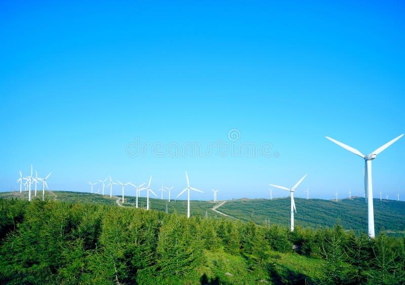 Wiatrowi generatory w Zhangjiakou Chiny obraz stock