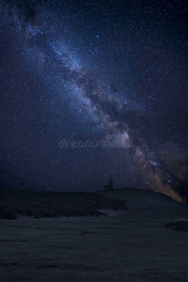 Wibrującej drogi mlecznej złożony wizerunek nad krajobrazem belle konika latarnia morska na południe Zestrzela parka narodowego fotografia royalty free