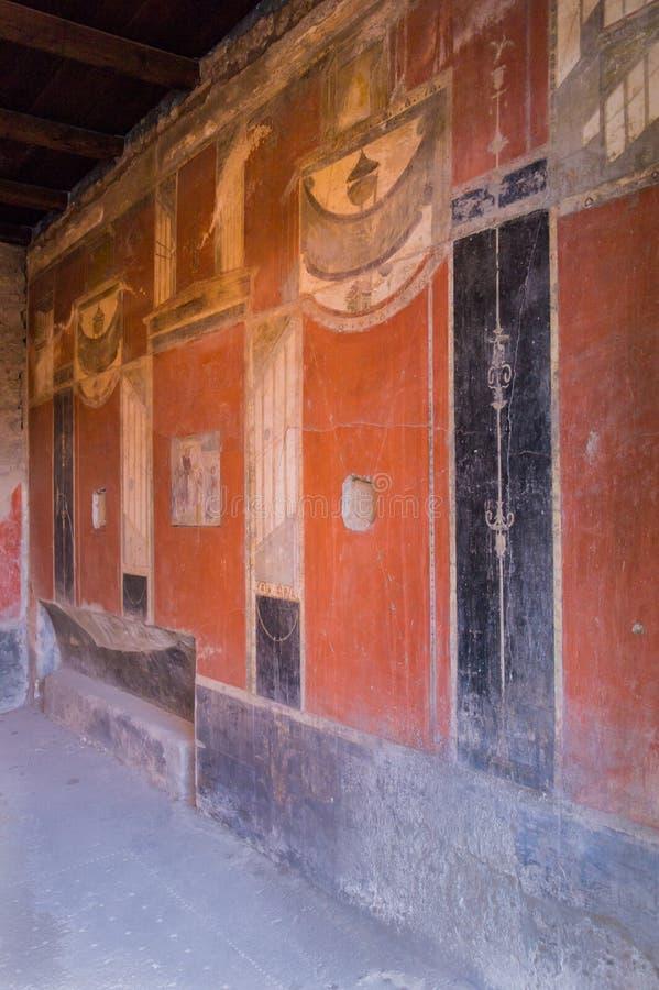 Wibrujący ścienny obraz w wykopywanym miasteczku Pompeii w Włochy zdjęcie royalty free