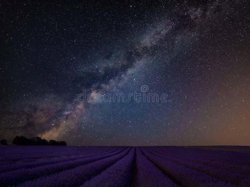 Wibrujący Milky sposobu złożony wizerunek nad krajobrazem Piękny los angeles zdjęcia stock