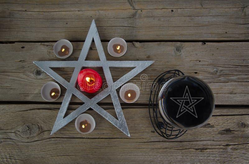 Wiccan symbole dla wróżba rytuału fotografia stock