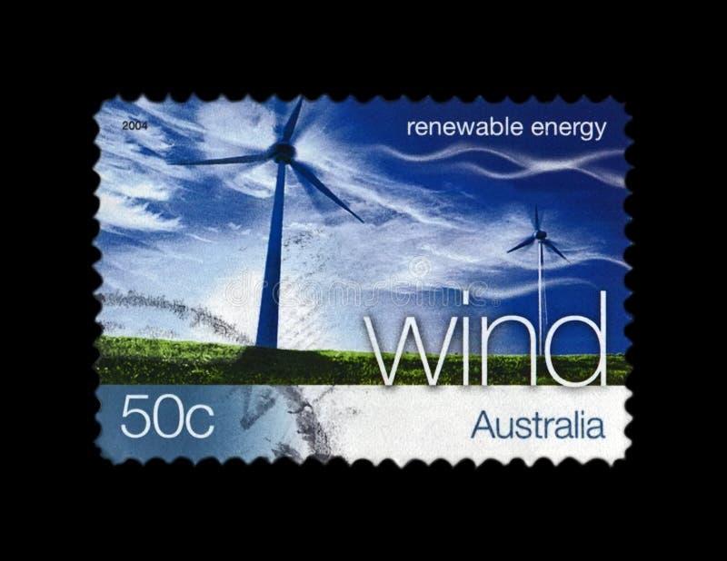 Wickeln Sie Station auf blauem Himmel mit Wolken, Winderneuerbare energie, Australien, circa 2004, stockfotografie