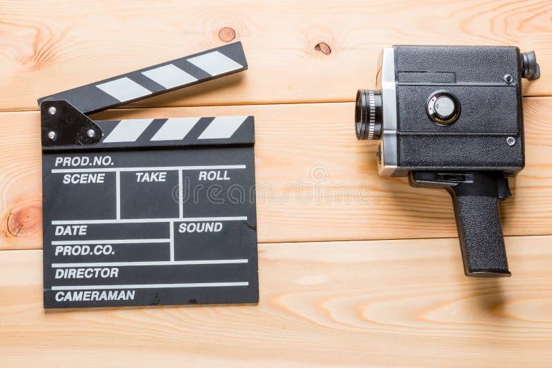 Wideo Clapper i rocznika kamera wideo kłamstwa obrazy royalty free