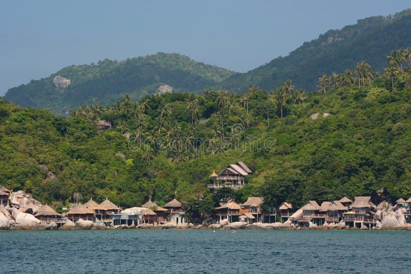 Widok?w na ocean bungalowy na westernie sun? Koh Tao Surat Thani prowincja Tajlandia obraz royalty free