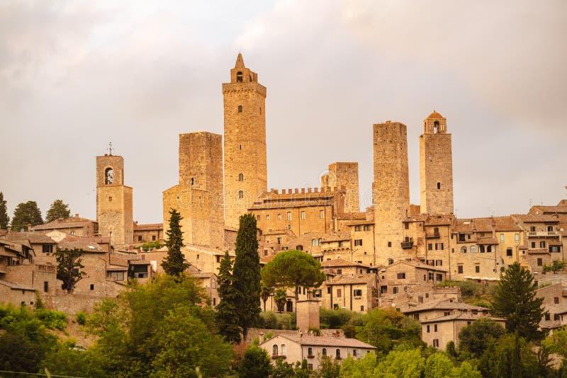 Widok średniowiecznego miasta i wież San Gimignano, Toskania, Włochy zdjęcie royalty free