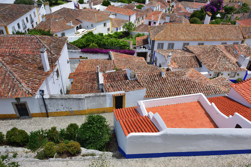 Widok średniowieczny miasteczko Obidos w Portugalia zdjęcie royalty free