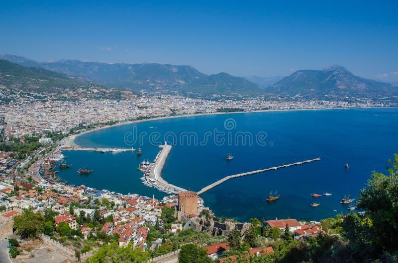 Widok Alanya schronienie przed zmierzchem Piękny morze krajobraz Alanya kasztel w Antalya okręgu, Turcja zdjęcia stock