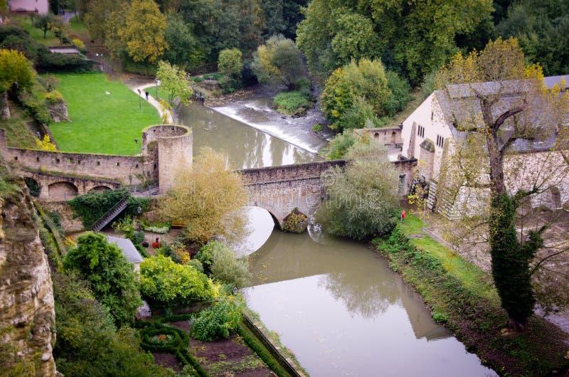 Widok Alzette, Luksemburg zdjęcie royalty free