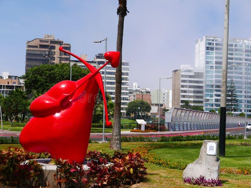 Widok amorka serce z strzała w Lima i łękiem, obrazy stock