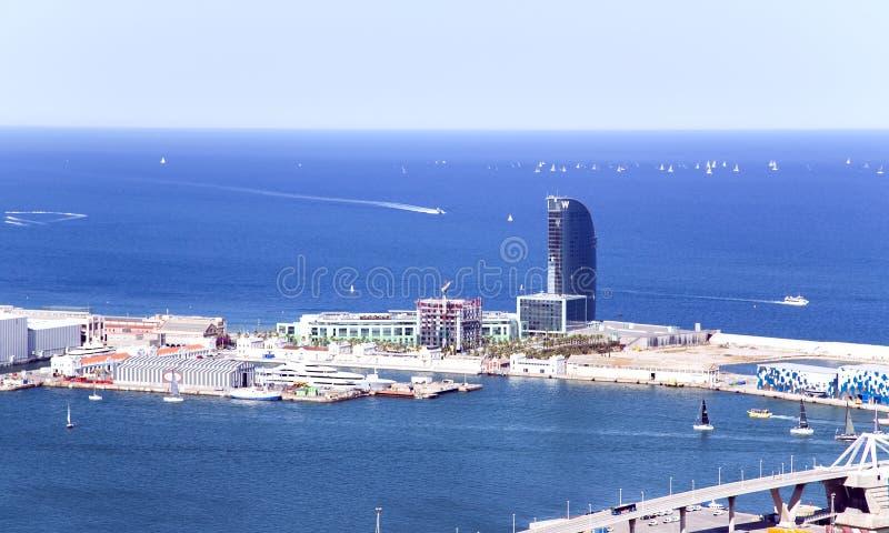 Widok antena od wzgórza Montjuic na hotelu W Barcelona zdjęcie royalty free