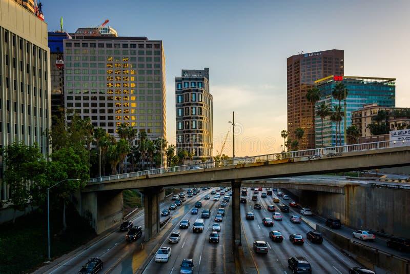 Widok 110 autostrada od 5th ulica mosta w śródmieściu, obraz stock