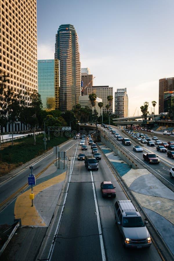 Widok 110 autostrada od 4th ulica mosta w śródmieściu, zdjęcie royalty free