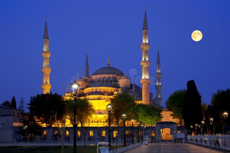 Widok Błękitny meczet przy nocą w Istanbuł, (Sultanahmet Camii) fotografia royalty free