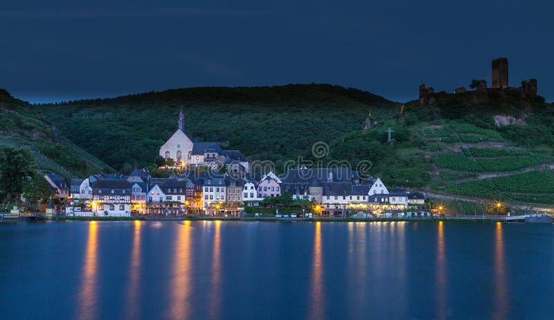 Widok Beilstein na Moselle panoramie zdjęcia stock