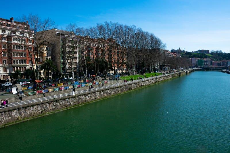 Widok Bilbao miasto Nervion rzeka i deptak, obrazy royalty free