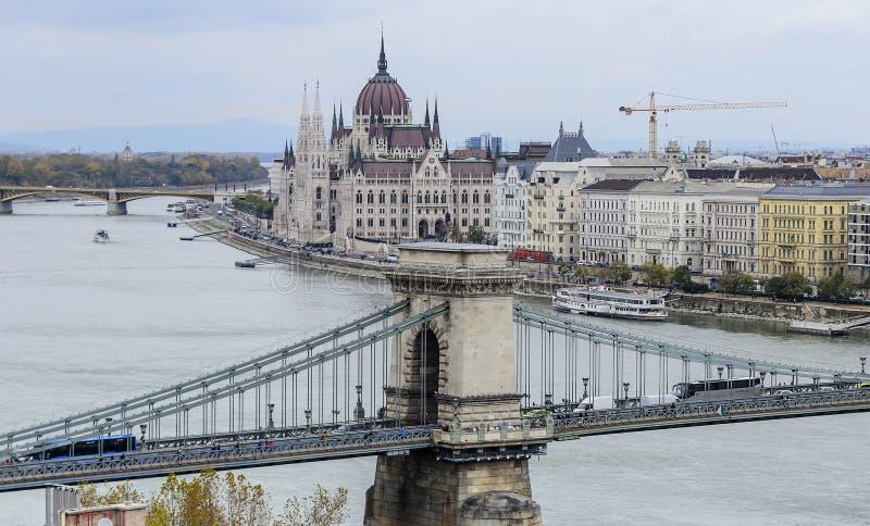 Download Widok Budapest od wzrosta obraz stock editorial. Obraz złożonej z chmurny - 106920239