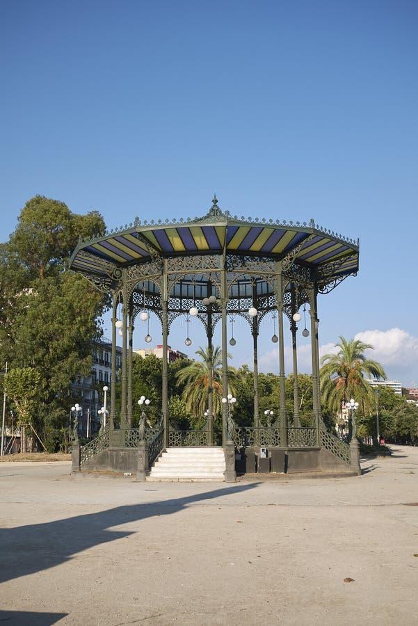 Widok Cassa Armonica w Naples zdjęcie stock