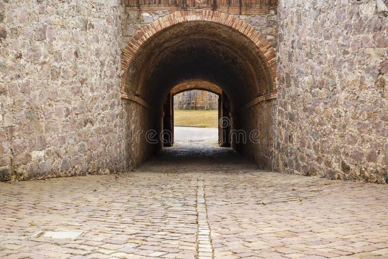 Download Widok Castillo De Montjuic Na Halnym Montjuic W Barcelona, Obraz Stock - Obraz złożonej z architektury, fort: 57663953