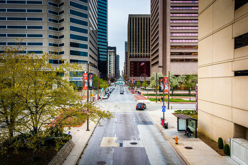 Widok Charles ulica od podwyższonego przejścia w Baltimore, Ma zdjęcia royalty free