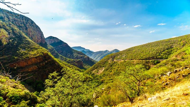 Widok dolina słoń od Abel Erasmus przepustki z J G Strijdom tunel w odległym fotografia royalty free