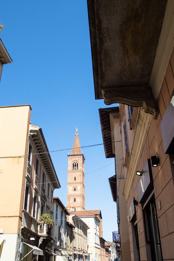 widok dzwonkowy wierza Przez od Settembre w Pavia XX zdjęcia stock