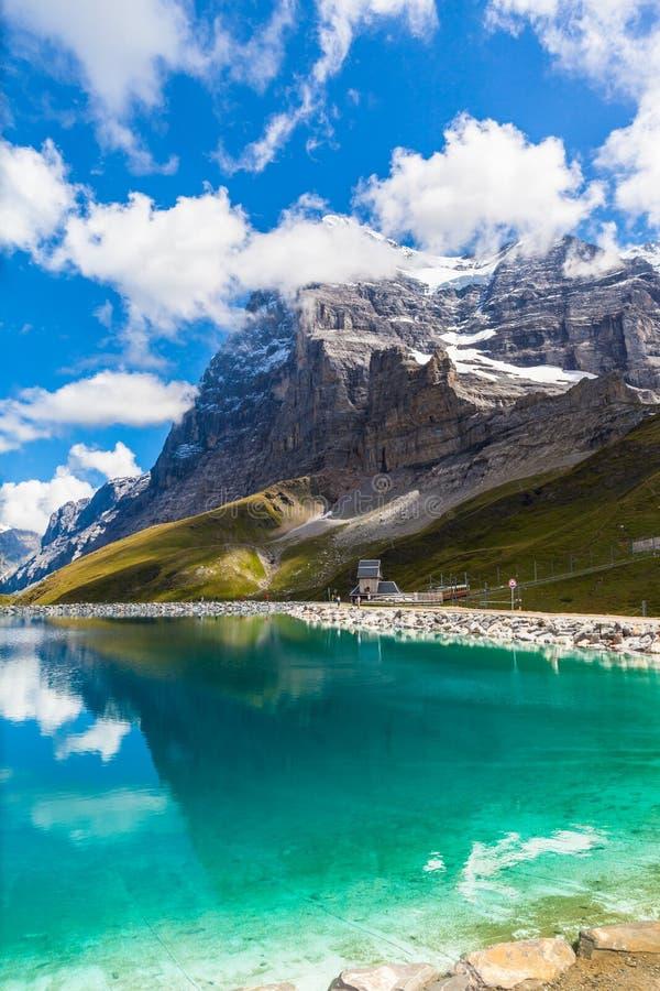 Widok Eiger Northface i Fallbodensee fotografia royalty free