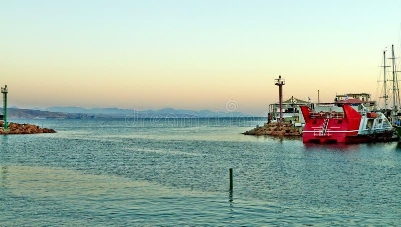 Widok Eilat zatoka z jachtami zdjęcie stock