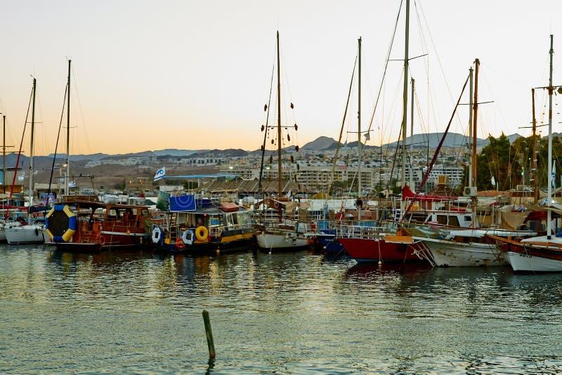 Widok Eilat zatoka z jachtami obraz royalty free