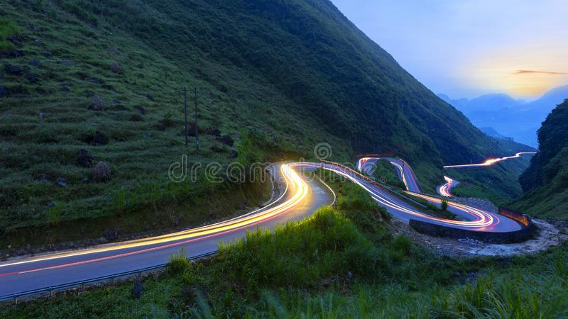 Widok górski od jenu Minh Van po drodze obrazy stock