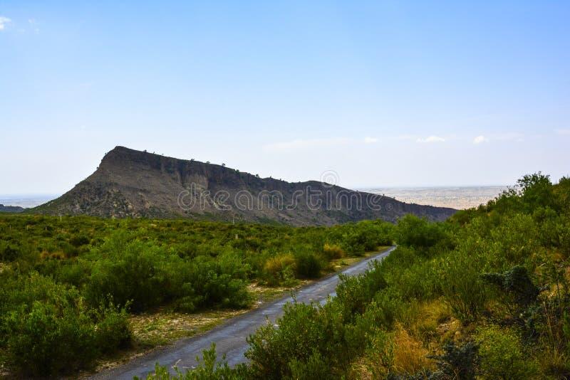 Widok górski przed Kanhatti ogródu Wkrótce doliną obraz royalty free