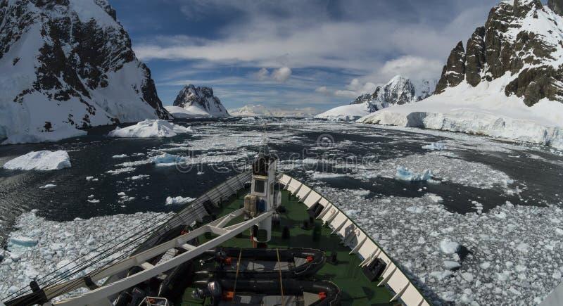 Widok górski w Antarctica obraz stock