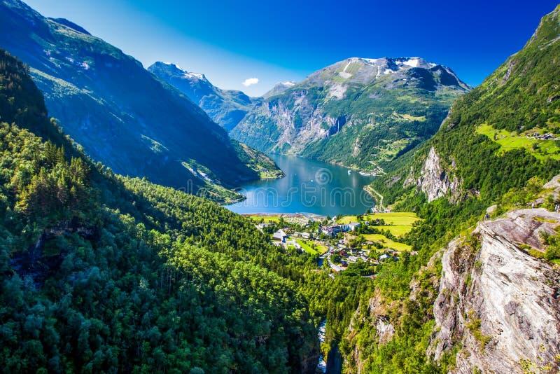 Widok Geirangerfjord w Norwegia, Europa zdjęcie royalty free