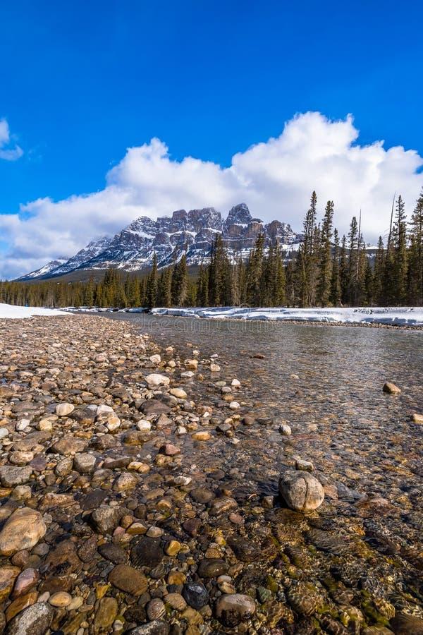 Widok Grodowa góra przy Banff parkiem narodowym, Alberta, Kanada zdjęcie stock