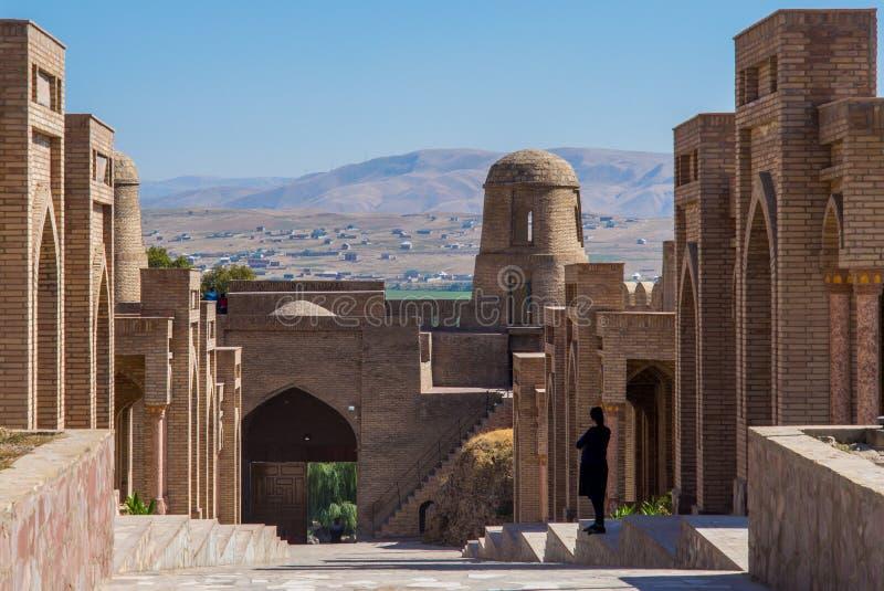 Widok Hisor forteca w Tajikistan, ?rodkowy Azja obraz royalty free